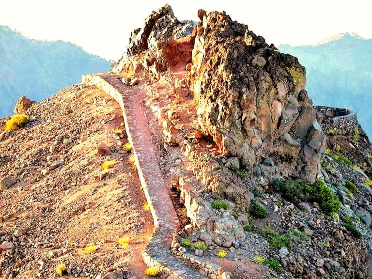 Weg auf den Gipfel